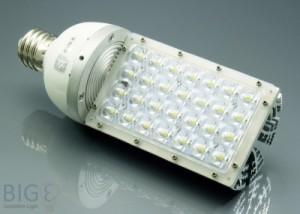 LED Strassenleuchte mit Sockel E40